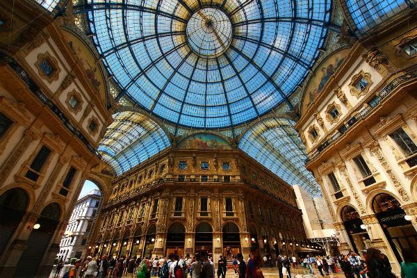 Even the shopping malls in Milan are impressive, as the Galleria Vittorio Emanuele II manifestly proves.