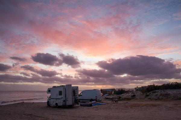 If you're planning to head south of the border to escape the cold, make sure your motorhome supplier allows for inter-country snowbird rentals.