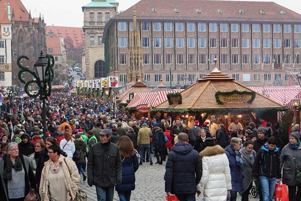The bustling Christmas Markets in central Nuremberg, Germany