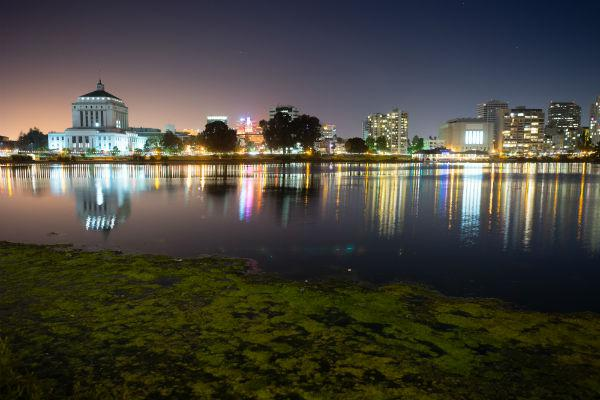 Stroll along the banks of Lake Merritt during your stay in Oakland.