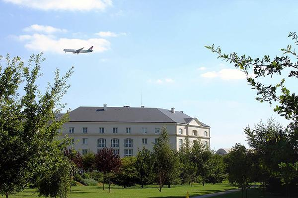 Plane approaching the south doublet flying over the hotel zone in Roissy-en-France (Val-d'Oise), France