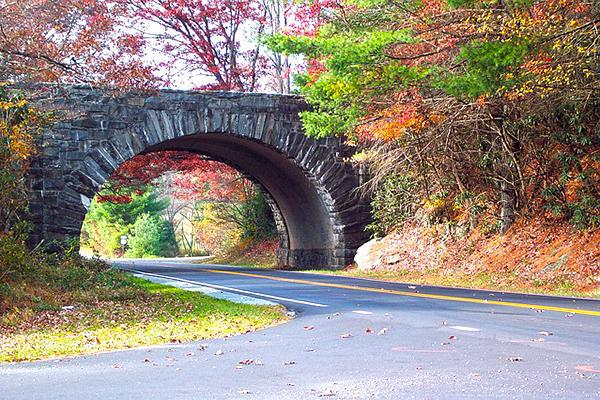 Blue Ridge Parkway in Roanoke, Virginia in autumn
