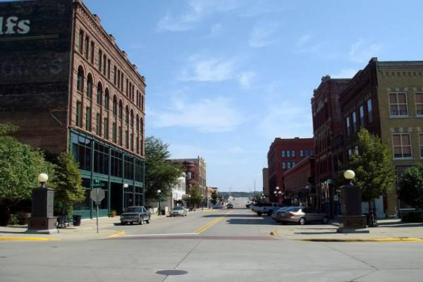 Historic 4th Street in downtown Sioux City, Iowa.