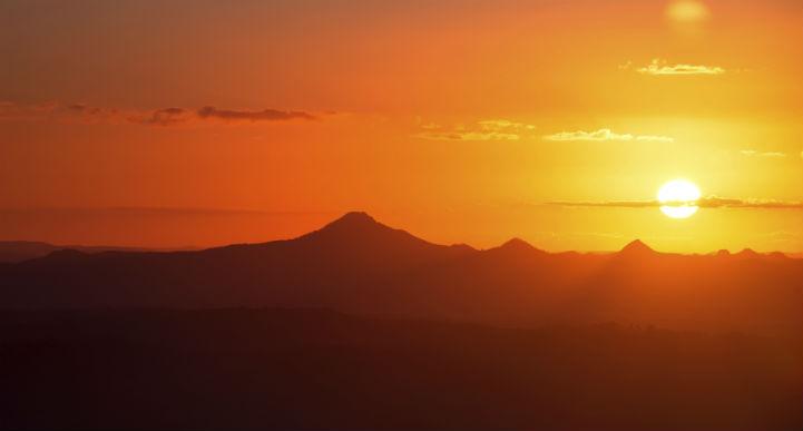 tambourine_mountain_sunset_australia
