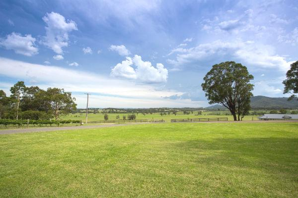 Embrace the serenity of rural life in Tamworth.