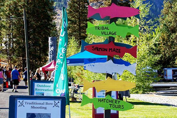 Directional signs for Wenatchee River Leavenworth Salmon Festival