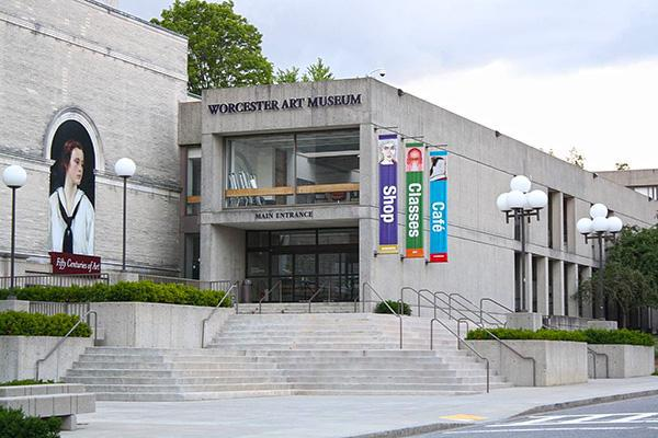 The entrance to the Worcester Art Museum, in Worcester, Massachusetts